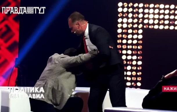 Экс-нардеп Барна в прямом эфире набросился с кулаками на «слугу народа»