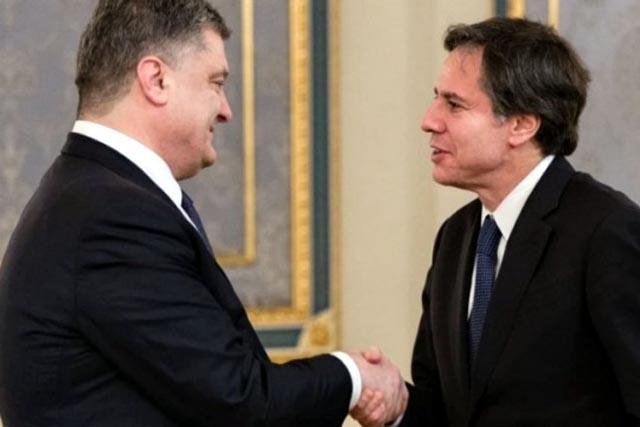 Блинкен в Киеве встретился с Порошенко и Зеленским