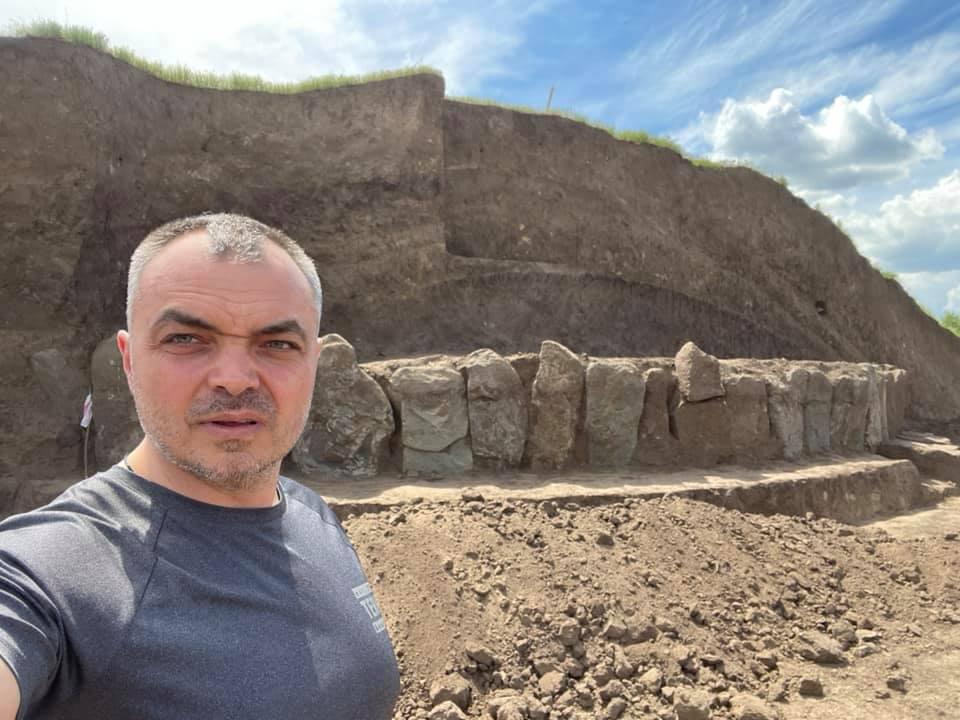 Возле Днепра нашли украинский «Стоунхендж»