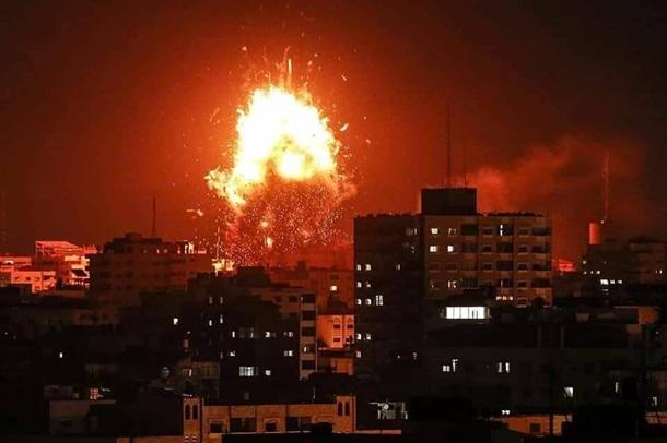 Израиль атакует сектор Газа наземными силами
