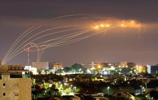 Израиль в ответ на ракетный обстрел атаковал сектор Газа