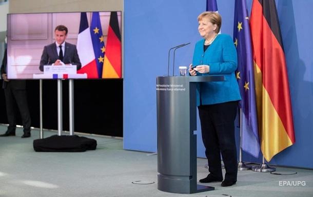 Меркель и Макрон высказались об альтернативе нормандскому формату