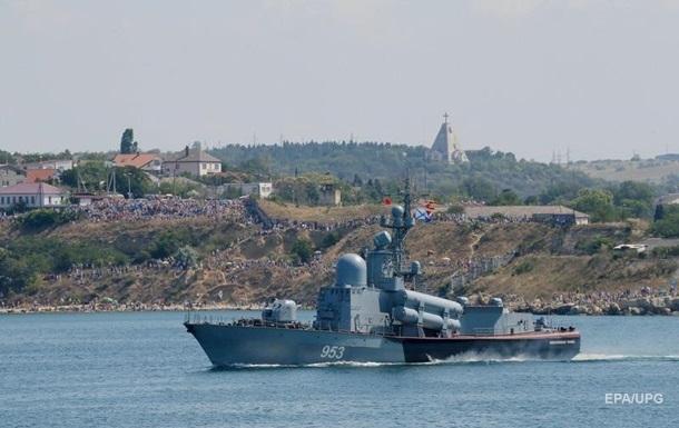 В Крыму военные РФ проложили временный водопровод