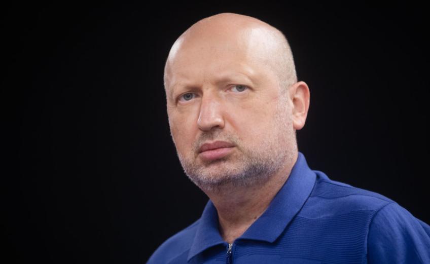 Турчинов рассказал, что именно просил Медведчука передать Путину