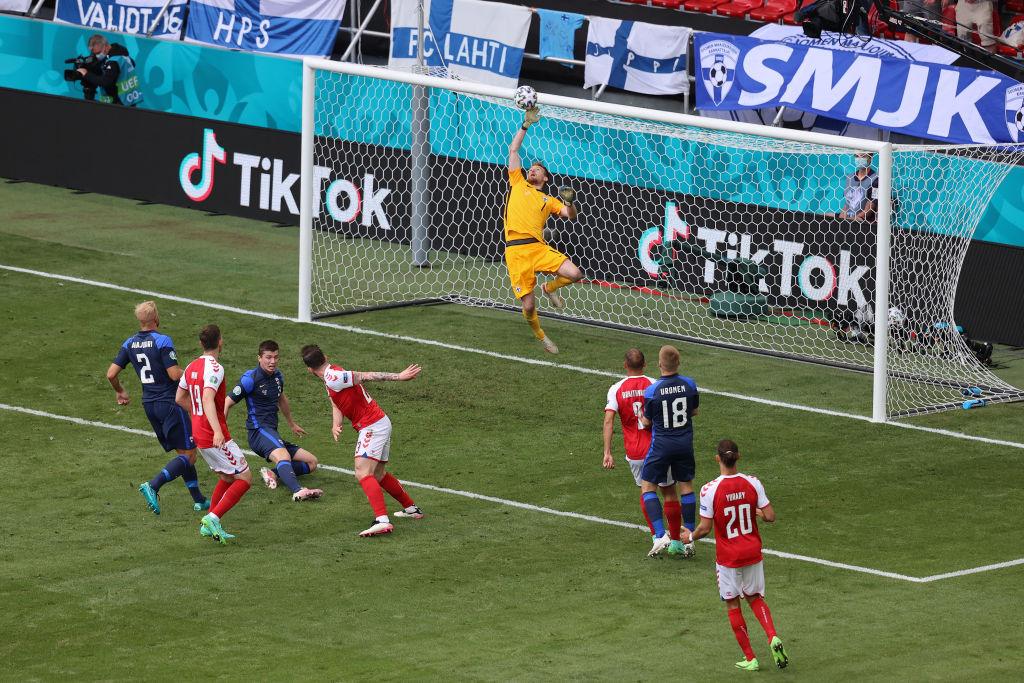 Финляндия победила Данию, нанеся всего один удар по воротам
