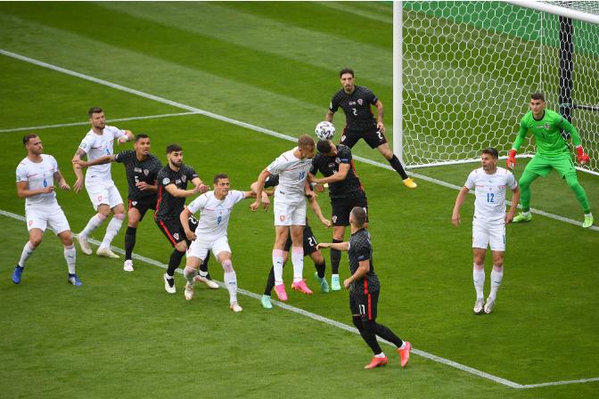 Хорватия спаслась от проигрыша Чехии благодаря голу Перишича