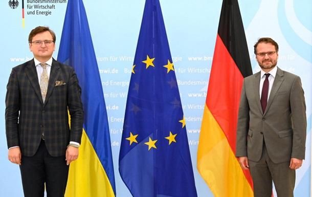 Кулеба в Германии провел трудные переговоры по СП-2