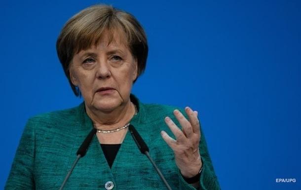 Меркель выдвинула России претензии из-за Украины