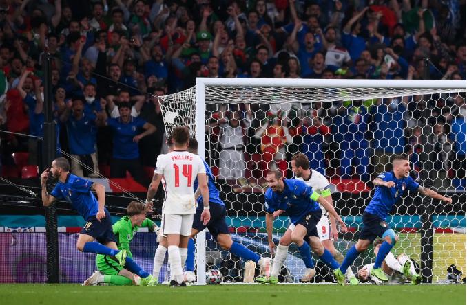 Италия забила Англии в финале Евро