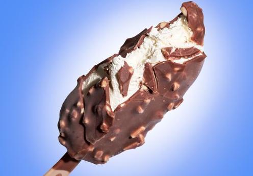 В Украине из продажи изымают импортное мороженое с ядовитой добавкой