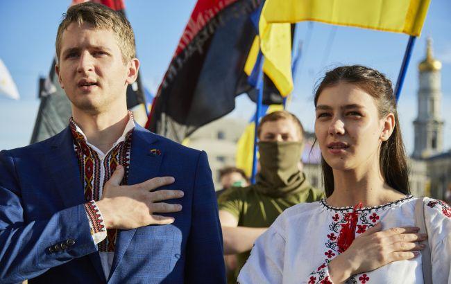 В Украине вступили в силу новые нормы языкового закона