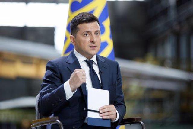 Президентский рейтинг Зеленского снизился