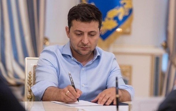 Зеленский выделил миллионные гранты на съемки фильмов