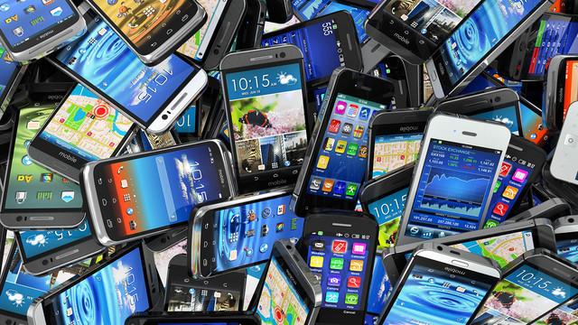В Украине планируют принудительную регистрацию и блокирование смартфонов