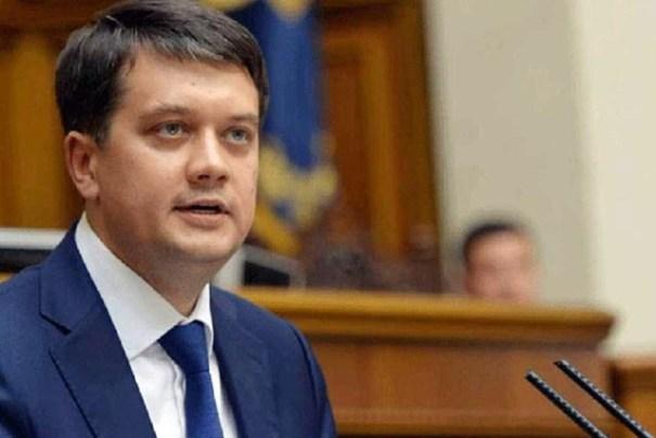 Разумков просит проверить слухи о покупке голосов за его отставку